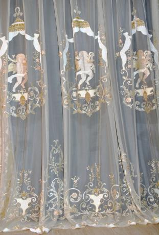 Вуаль 20140101A в классическом стиле. Ангел, бархат и узоры.